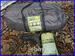 REI Base Camp 6 tent w Footprint Sleeps 6 Camping
