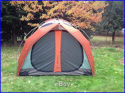 REI Kingdom 8 tent Amazing Condition