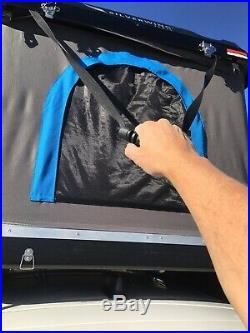 Roof top tent FREE shipping with handling blemish